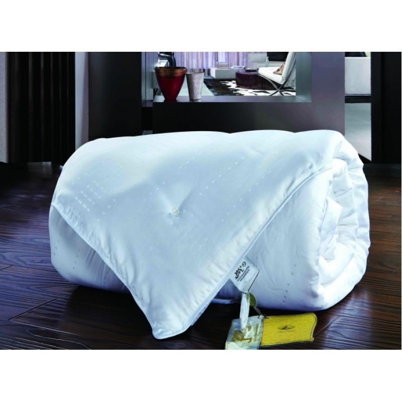 10232 Одеяло шелковое 140х205 см, 1 кг. Белый.